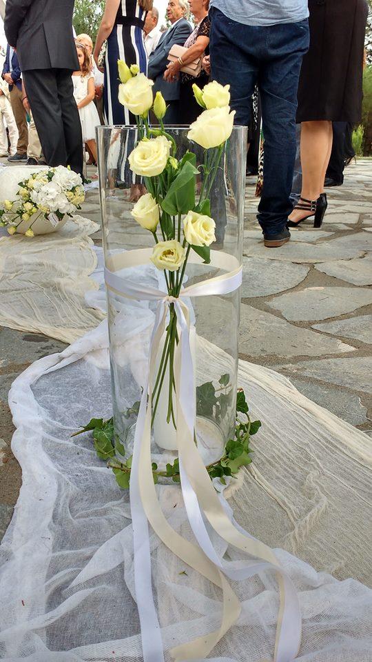 437105637415 Ένας κομψός γάμος στα λευκά για την Έλενα και το Μιχάλη! • ogamosmas.gr
