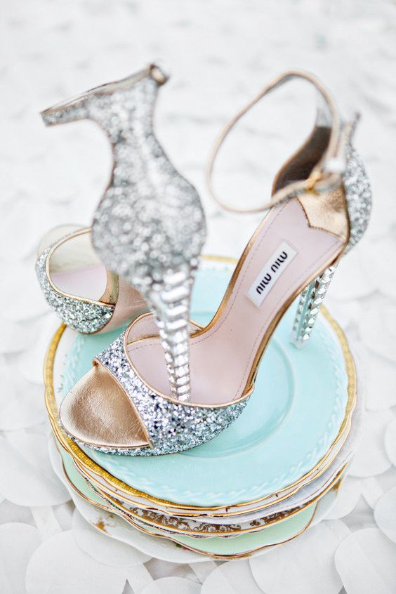 ψηλά ή χαμηλά παπούτσια